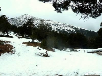 Hiking Calzada Romana de Cercedilla; la panera nordic walking viajes a canarias montejo de la sierra